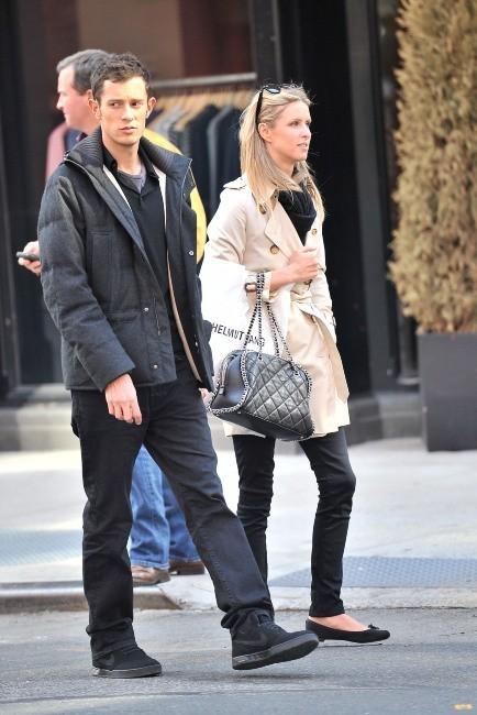 Nicky Hilton et un mystérieux homme à New York, le 25 avril 2012.