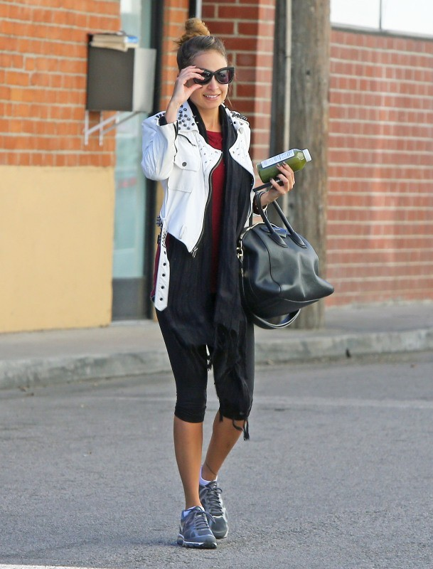 Nicole Richie se rendant à son cours de gym à Los Angeles, le 14 janvier 2013.