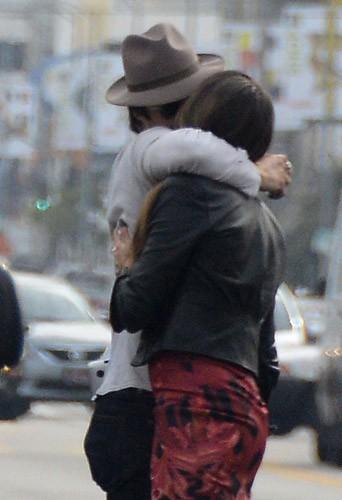 Photos : Nikki Reed : baiser passionné avec Ian Somerhalder après un déjeuner VIP !