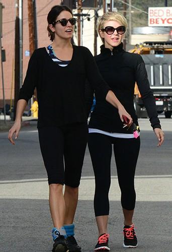 Nikki Reed et Julianne Hough à Los Angeles le 11 mars 2014