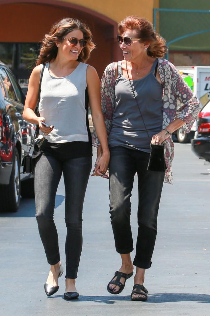 Photos : Nikki Reed : joli moment de complicité avec sa mère !