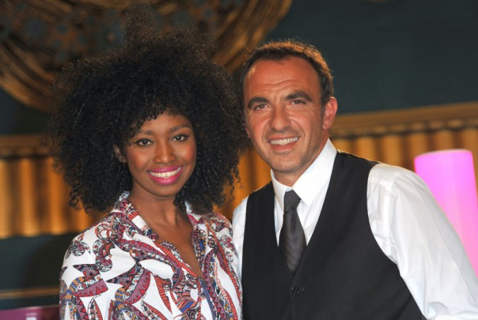 Inna Modja et Nikos Aliagas lors de la première du musical D.I.S.C.O. à Paris, le 10 octobre 2013.