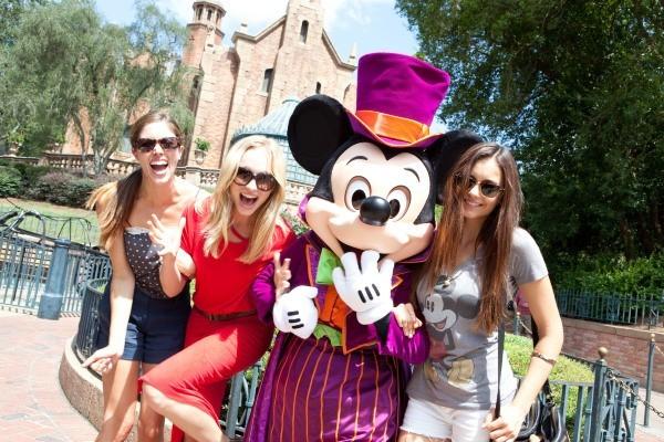 Les fans de Mickey Mouse