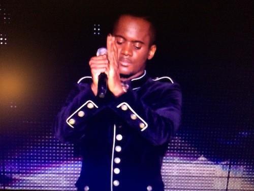 Black M chante Sur Ma Route aux NMA