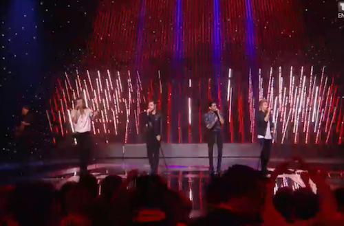 Les One Direction font le show aux NMA
