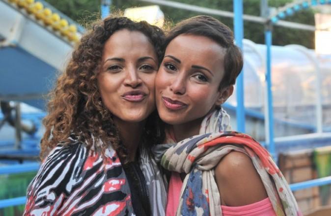 Noémie Lenoir et Sonia Rolland à la Fête des Tuileries le 22 juin 2012