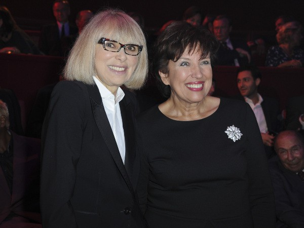 Mireille Darc et Roselyne Bachelot lors du gala de la Fondation pour la recherche sur Alzheimer au Cirque d'Hiver à Paris, le 25 septembre 2013.