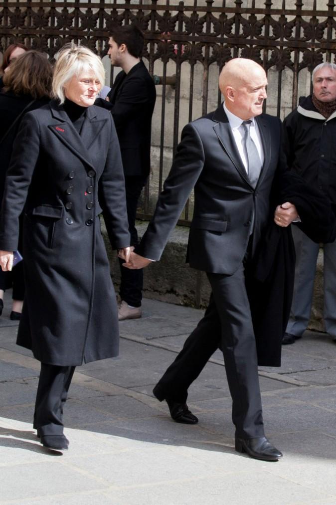 Photos : Obsèques de Florence Arthaud : Louis Bodin soutient sa fille, Marie...