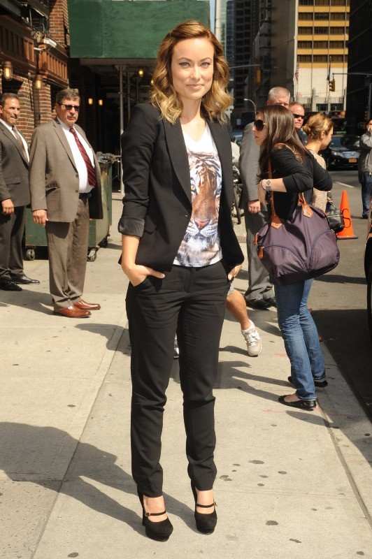 Olivia Wilde se rendant sur le plateau du Late Show With David Letterman à New York, le 18 juin 2012.
