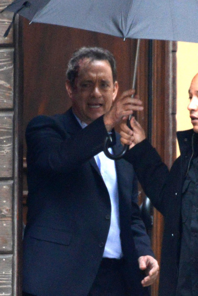 Omar Sy et Tom Hanks sur le tournage d'Inferno à Venise le 27 avril 2015
