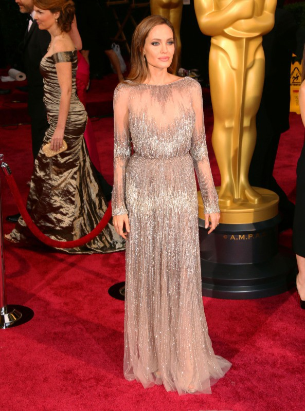 Angelina Jolie lors de la 86e cérémonie des Oscars à Hollywood, le 2 mars 2014.