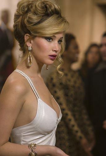 """Jennifer Lawrence nommée """"meilleure actrice dans un second rôle"""" pour American Bluff"""