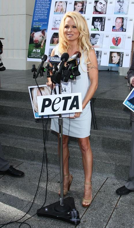 Pamela Anderson engagée pour la Peta !