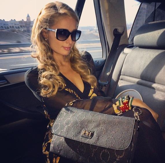 Paris Hilton à Dubaï !