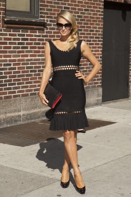 """Paris Hilton se rendant sur le plateau du """"Late Show with David Letterman"""" à New York, le 2 mai 2013."""