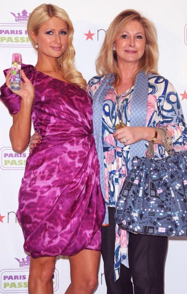 Paris avec sa maman Kathy !