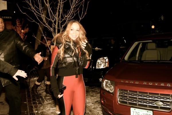 Mariah Carey profite des pistes de ski d'Aspen