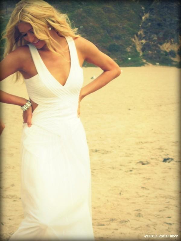 Toute de blanc vêtue