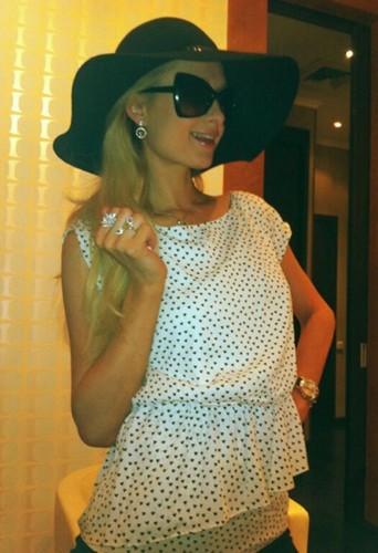 La célèbre héritière Paris Hilton !