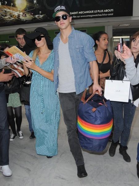 Paris Hilton et River Viiperi le 24 mai 2013 à l'aéroport de Nice