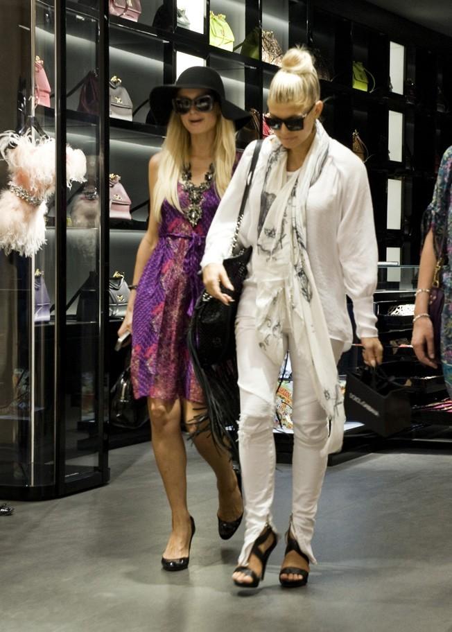 Elles ont investi la boutique Dolce& Gabbana