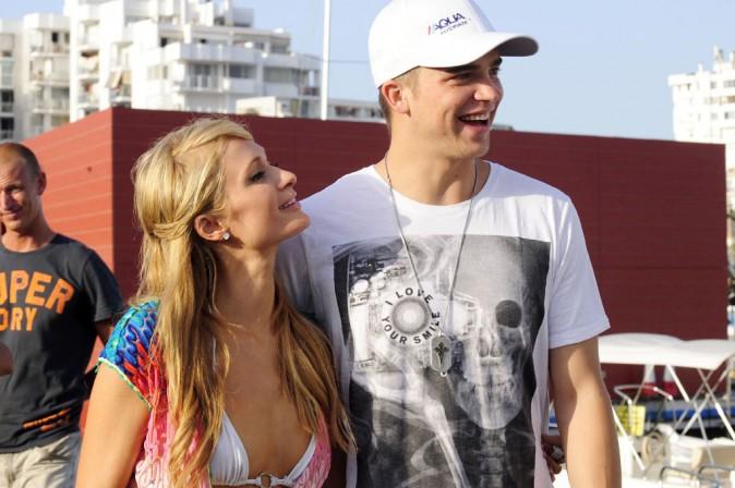 Paris Hilton et River Viiperi à Ibiza le 4 août 2013