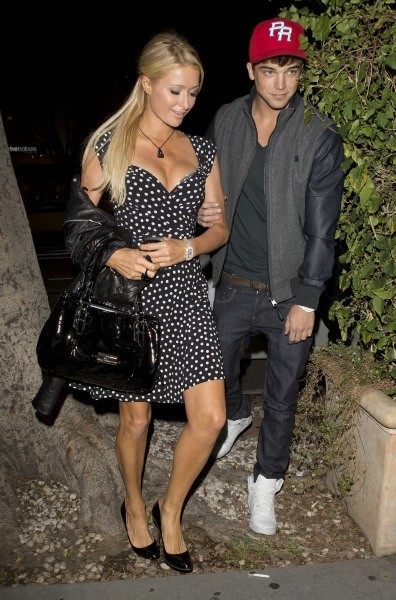 Paris Hilton et River Viiperi le 30 octobre 2012 à Los Angeles