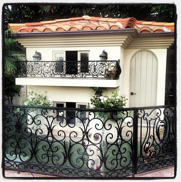 Photos paris hilton son chien a sa propre maison mais aussi son compte instagram perso - Cultiver des champignons de paris a la maison ...