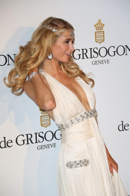Paris Hilton à la soirée De Grisogno à Cannes