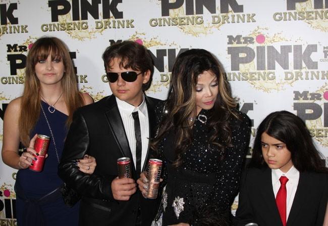 Paris Jackson à la soirée Mr Pink Ginseng Drink à Beverly Hills le 11 octobre 2012