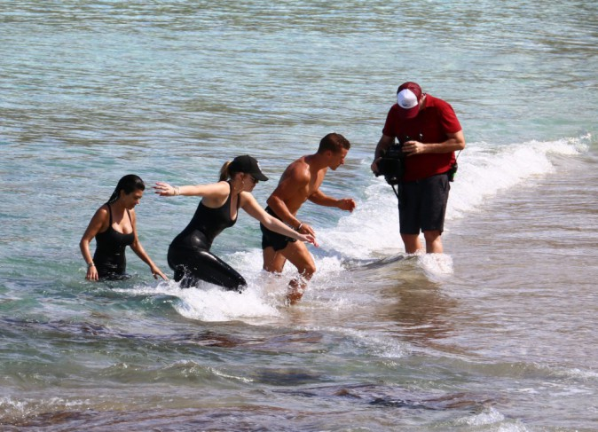 Kourtney et Khloe Kardashian le 18 août 2015