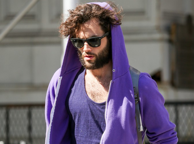 Penn Badgley : look de plus en plus poilu pour l'ancien lonely boy de Gossip Girl !