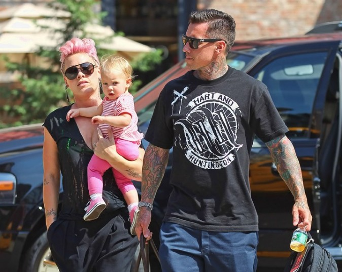 Pink en famille à New-York le 11 juillet 2012