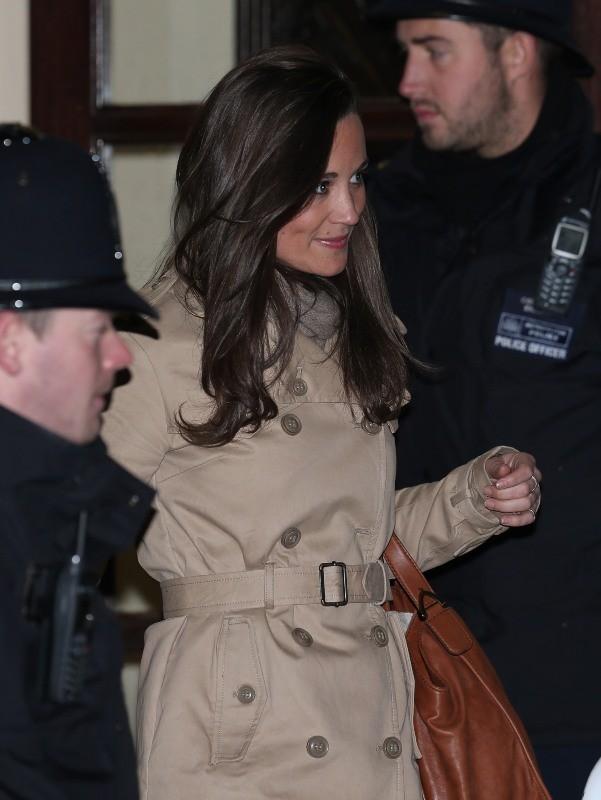 Pippa Middelton à la sortie de l'hôpital King Edward VII à Londres, le 5 décembre 2012.