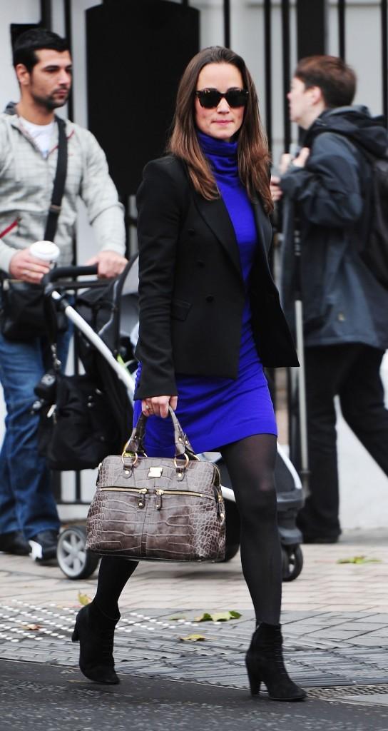 Pippa Middleton dans les rues de Londres, le 27 octobre 2011.