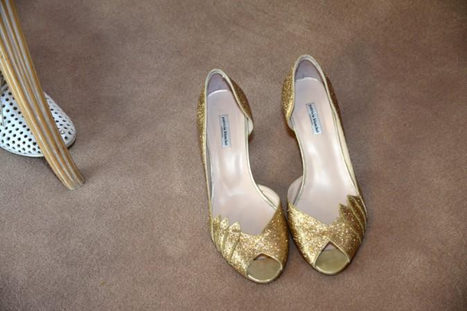 Accessoire indispensable pour monter les marches : les chaussures bling !