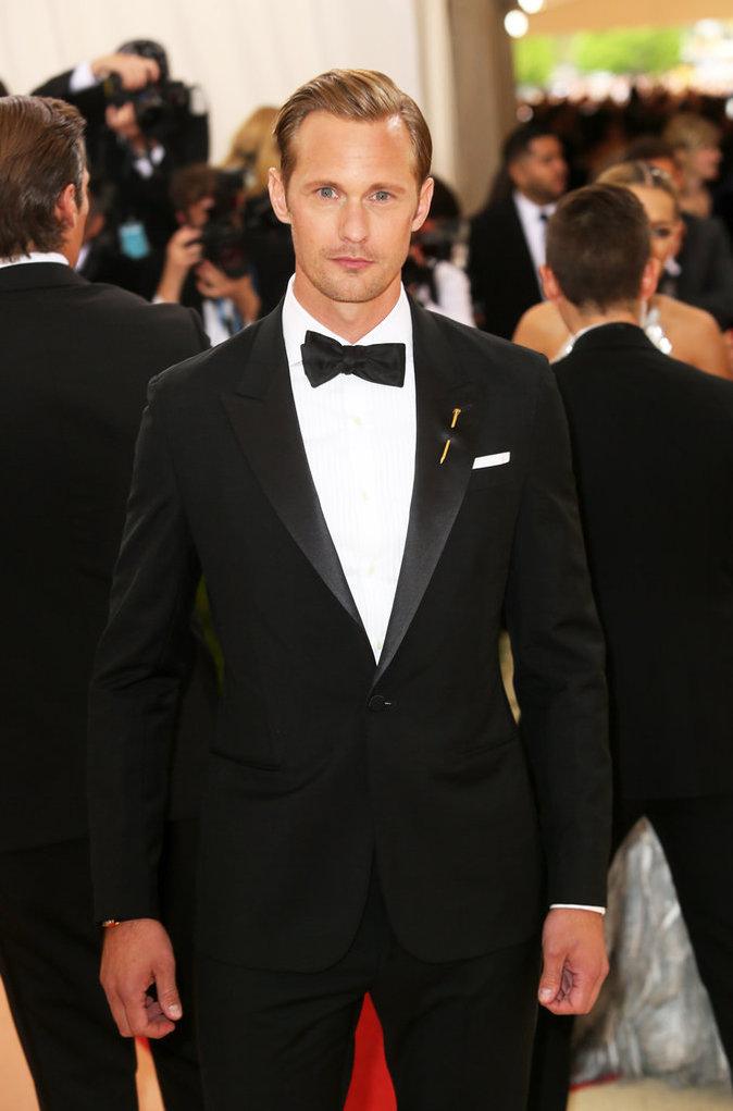 Photos : Public Man Crush : Alexander Skarsgard parmi les beaux gosses du Met Gala 2016 !