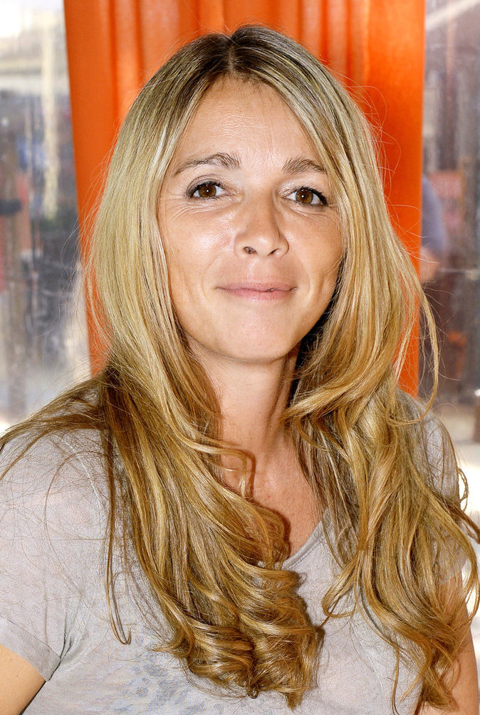 Cyril Hanouna : Ses clashs : Hélène Rollès