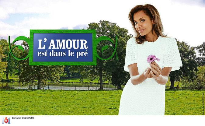 """Karine Le Marchand dans l'émission """"L'amour est dans le pré"""" depuis 2009"""