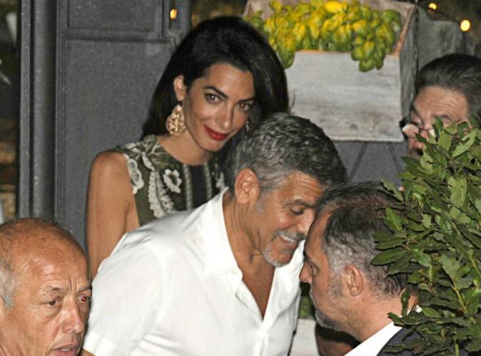 Quand Amal Clooney se fait voler la vedette par sa charmante petite soeur !