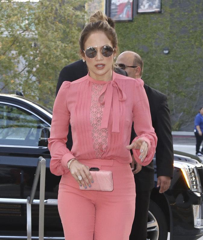 Photos : Quand Jennifer Lopez voit la vie en rose …