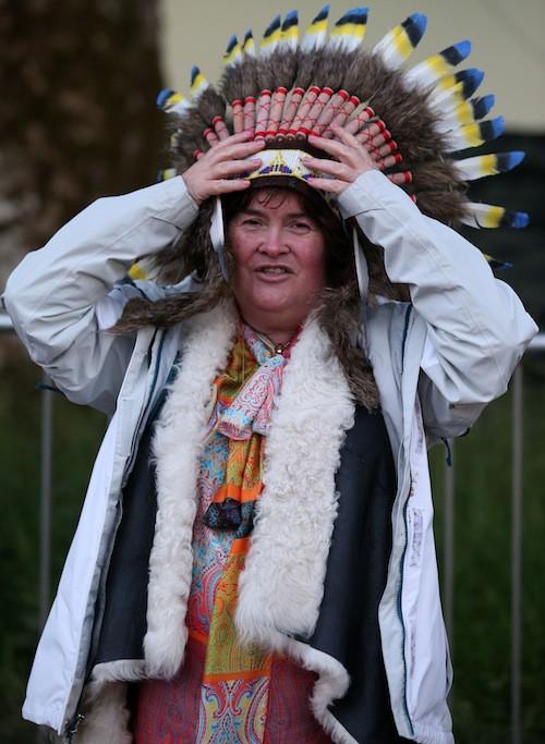 Photos : quand Susan Boyle se prend pour Pocahontas…