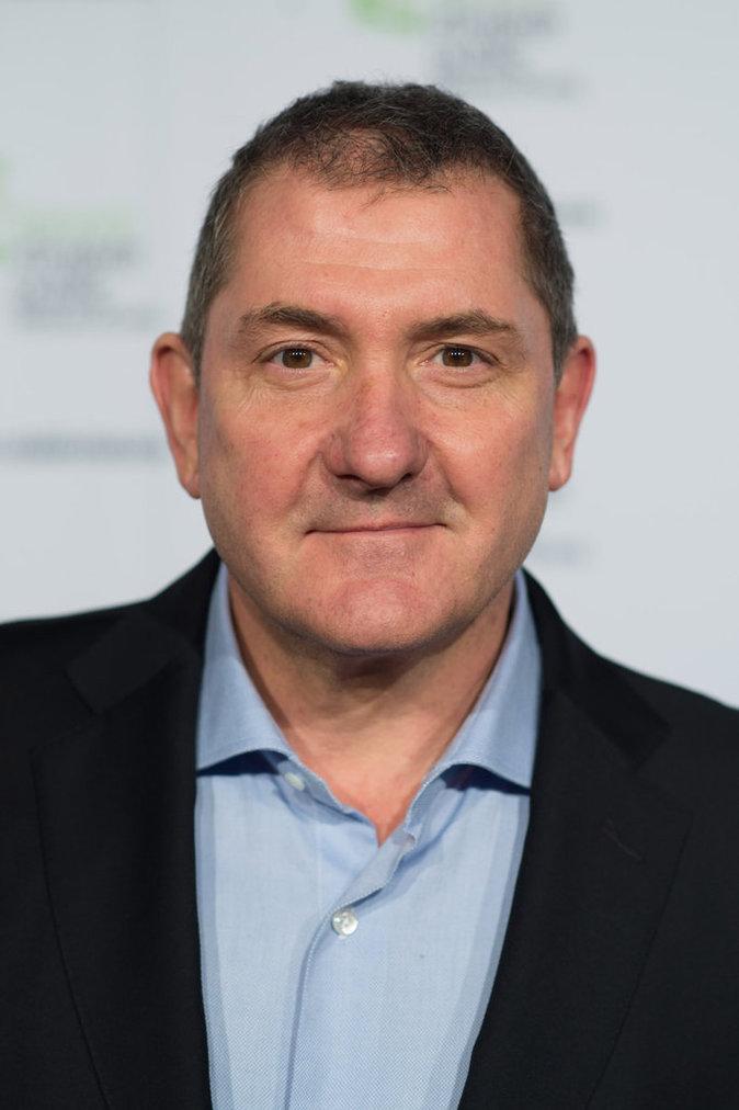 TOP - Yves Calvi (C dans l'air, France 5) : coût horaire de 26 euros pour 1000 téléspectateurs.