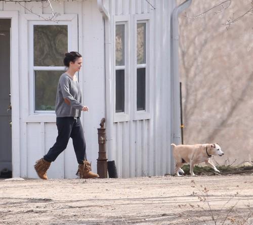 Rachel Bilson à Toronto le 16 avril 2015