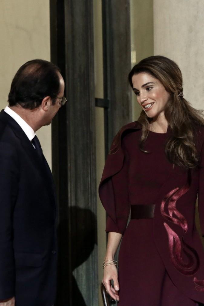 Photos : Rania de Jordanie : la reine du bon goût, absolument ravissante à l'Elysée !
