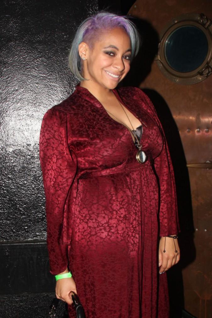 Photos : Raven Symoné : colorée pour assister au concert de Wiz Khalifa !