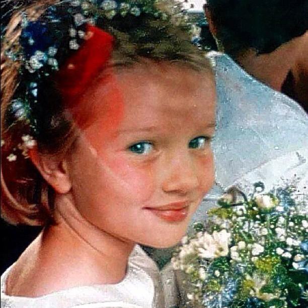 Rosie la petite fille aux fleurs