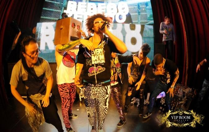 LMFAO en showcase au VIP Room Theater à Paris, le 29 février 2012.