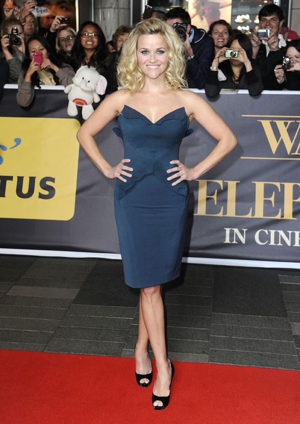 """Reese Witherspoon, sublime lors de la première du film """"De l'eau pour les éléphants"""" à Sidney !"""