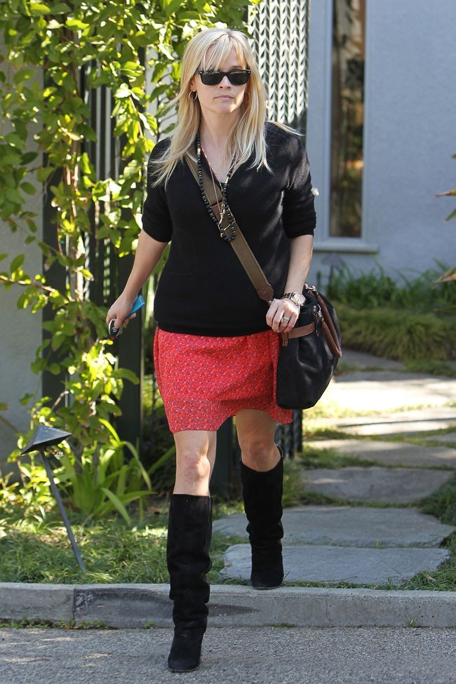 Reese Witherspoon, toujours silencieuse sur sa grossesse...